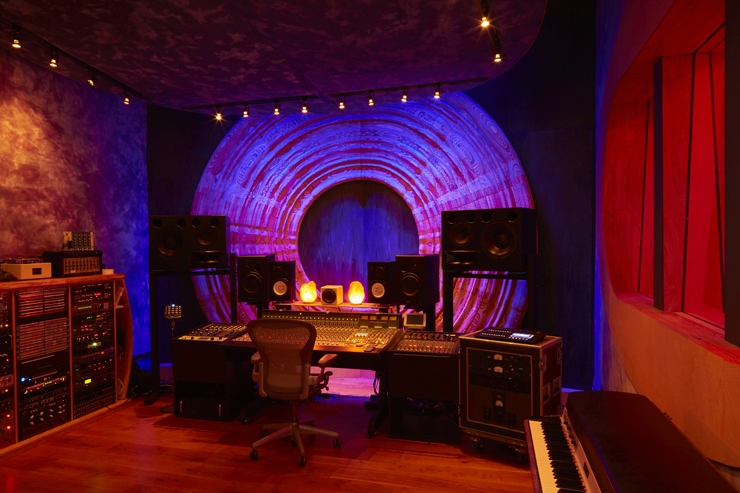Dwaal - Electric Garden Studio - Mixing Room 2