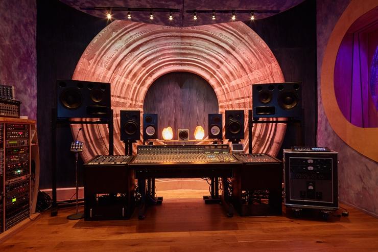 Dwaal - Electric Garden Studio - Mixing Room